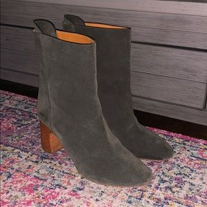 Dark green Chloe suede mid-ankle boots